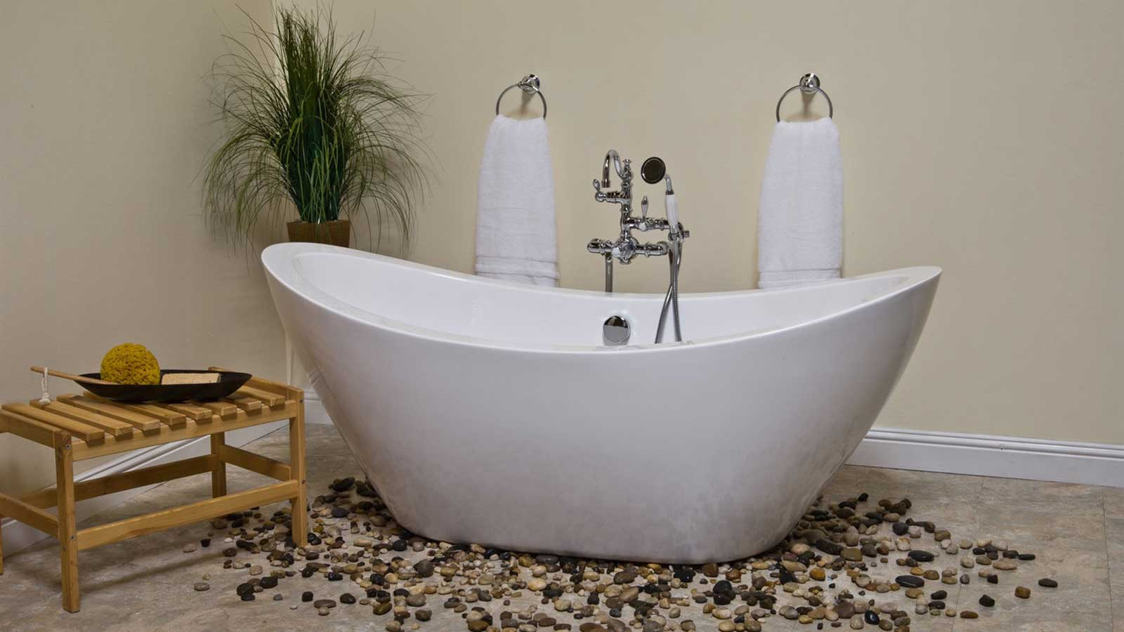 Bathtub materials they make a difference for Cast iron tubs vs acrylic